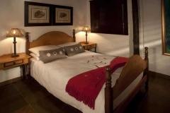 luxury cottages randburg bedroom
