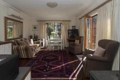 luxury cottages randburg livingroom